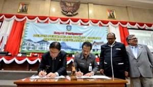 Pjb Gubenur Kepri bersama Ketua DPRD Provinsi Tandatangani APBDP